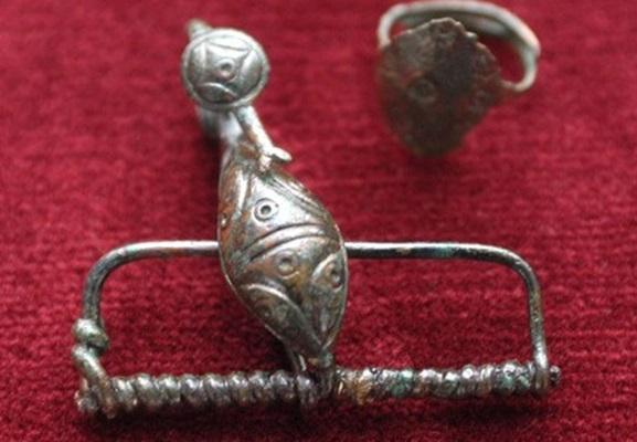 Bronz kelta fibula (foót: BTM)